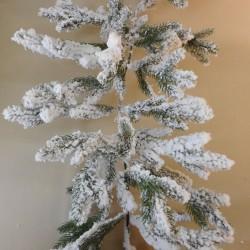 Luxury Pine Christmas Garland with Snow 2.75m - 18X065