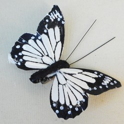 9cm Butterflies on Clip (6 pack) Cream - BF021