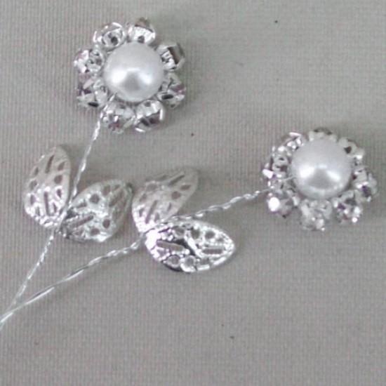 Vintage Diamante Flower Picks White (6 pack) - CRY047