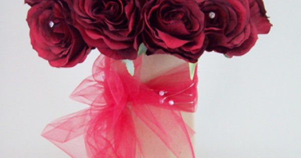 choice of size,fab 4 gift wrapping red ~ cut out roses CELLOPHANE ROLLS