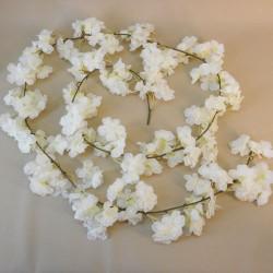 Blossom Garland Cream - B050 A1