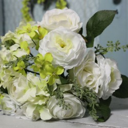 Emma Artificial Roses Wedding Bouquet Ivory and Green - R607 BX18