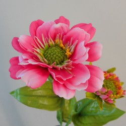 Zinnia and Bud Hot Pink - Z039 S3